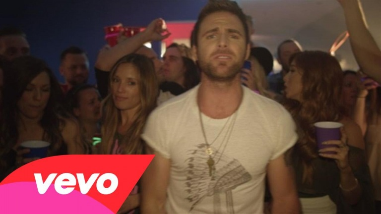 Canaan Smith – Hole In A Bottle