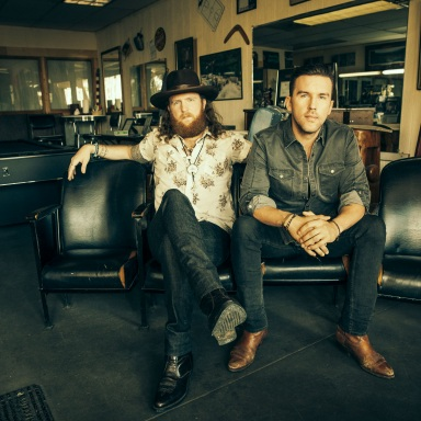 """BROTHERS OSBORNE MAKES GRAND OLE OPRY DEBUT PERFORMING NEW SINGLE """"21 SUMMER"""""""