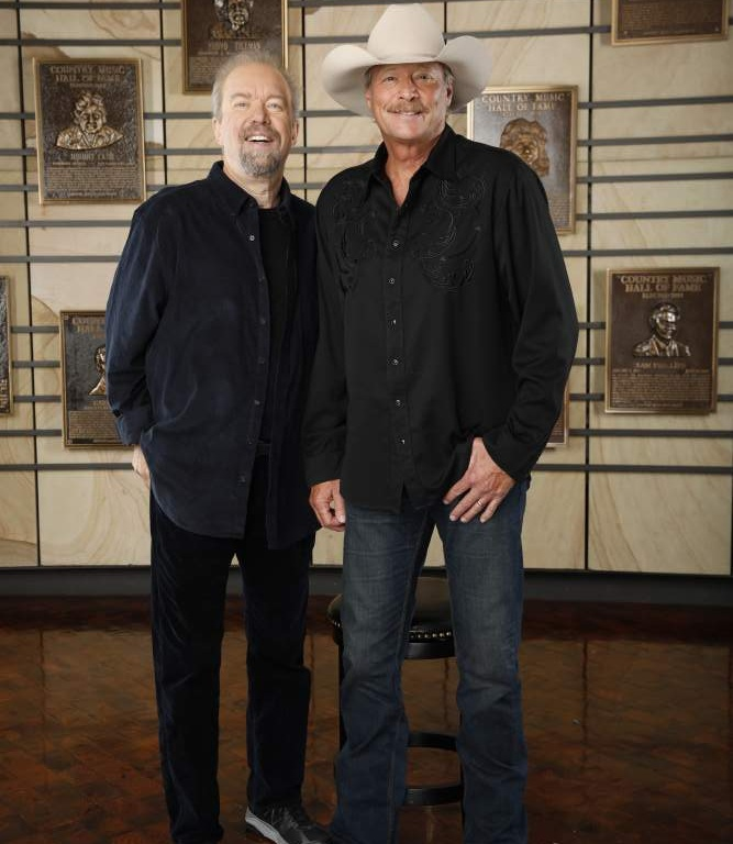 ALAN JACKSON TO BE INDUCTED TO THE COUNTRY MUSIC HALL OF FAME