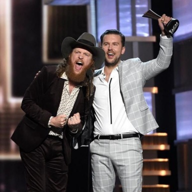 BROTHERS OSBORNE SWEEPS DUO CATEGORIES AT 52ND ACADEMY OF COUNTRY MUSIC AWARDS