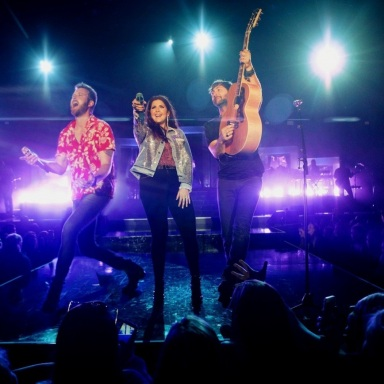 "LADY ANTEBELLUM'S YOU LOOK GOOD WORLD TOUR SHOWS OFF ""A NEW SPRING IN THEIR STEP"" WITH LAUNCH OVER MEMORIAL DAY WEEKEND"