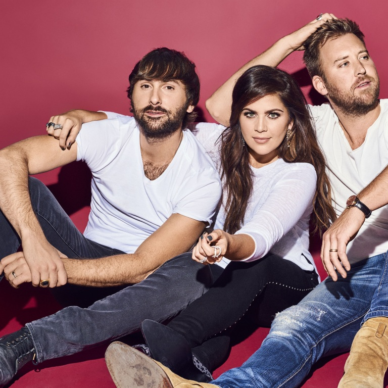 LADY ANTEBELLUM GIVES ROLLING STONE WEEKLY PREVIEW OF UPCOMING YOU LOOK GOOD WORLD TOUR