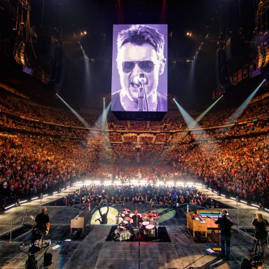 ERIC CHURCH OWNS NASHVILLE CROWD IN FIRST OF TWO TOUR-CLOSING SHOWS