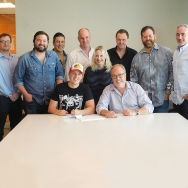 UNIVERSAL MUSIC GROUP NASHVILLE SIGNS SINGER/SONGWRITER TRAVIS DENNING