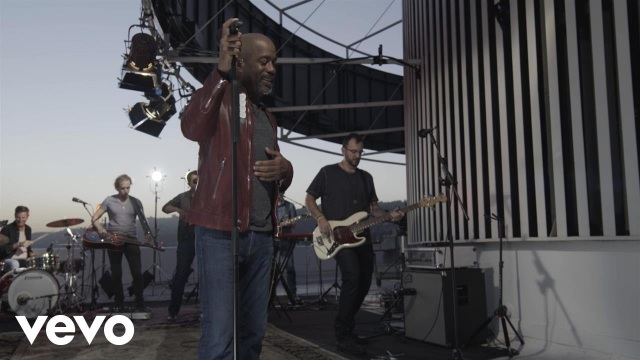 Darius Rucker – For The First Time (Top Of The Tower)