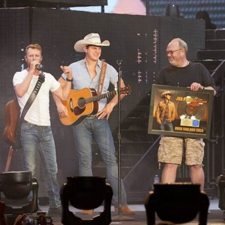 JON PARDI'S BREAKTHROUGH YEAR CONTINUES WITH FIRST-EVER RIAA GOLD-CERTIFIED ALBUM CALIFORNIA SUNRISE