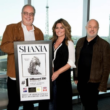 SHANIA TWAIN SURPRISED BY UMG NASHVILLE STAFF WITH NOW No. 1 CELEBRATION