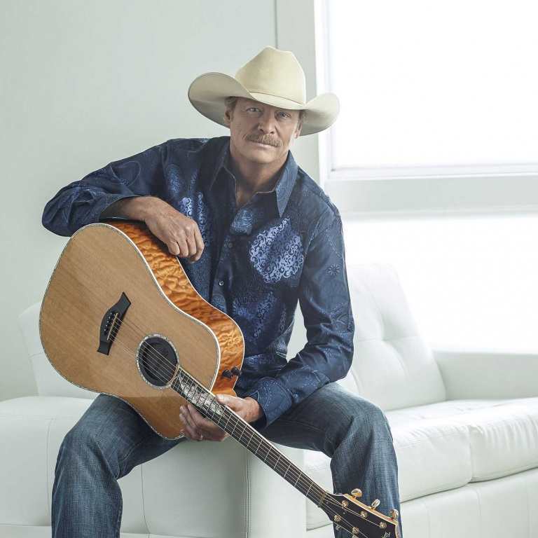 SUMMER AWARDS AND ACCOLADES ON TAP FOR COUNTRY SUPERSTAR ALAN