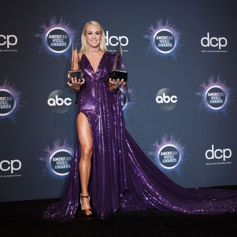CARRIE UNDERWOOD WINS 14th AND 15th AMERICAN MUSIC AWARDS