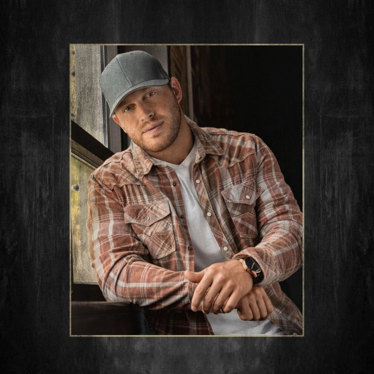 """Rising Country Star Jon Langston Unveils New Song """"Drinks"""""""