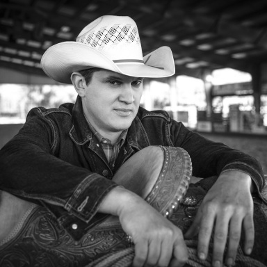 JON PARDI HOSTS MOTORCYCLE RIDE AND CONCERT TO BENEFIT ACM LIFTING LIVES®